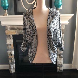 Black/gray print sweater